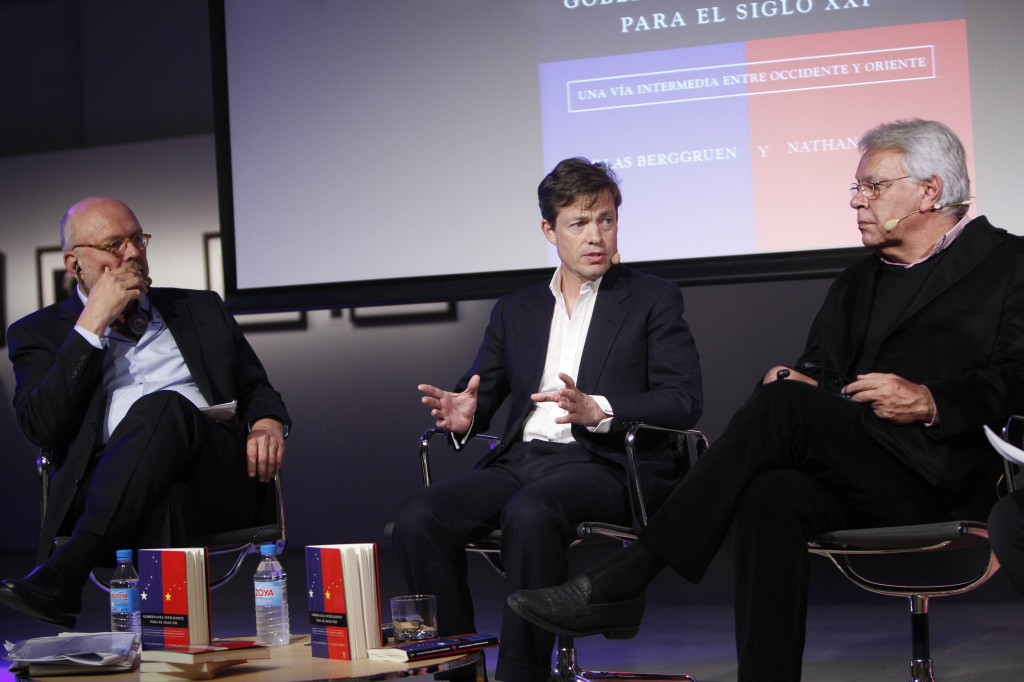 Madrid, Spain: (from left) Nathan Gardels, Nicolas Berggruen, Felipe González --©Álvaro García
